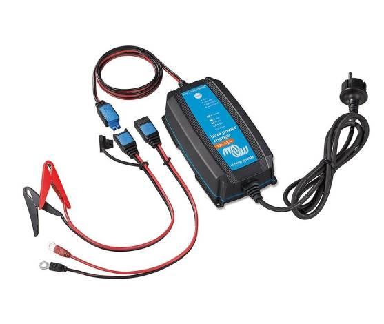 Cargador de batería Blue Power 12/15 IP65 (1)