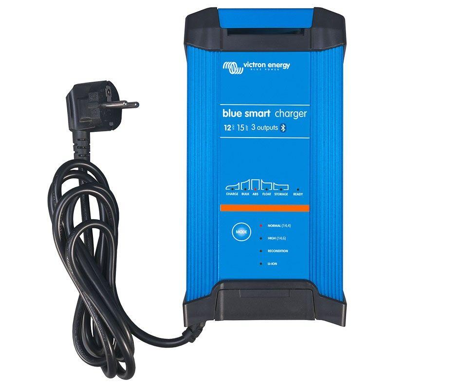Cargador de Baterías VICTRON Blue Smart IP22 12/15 - 3 salidas